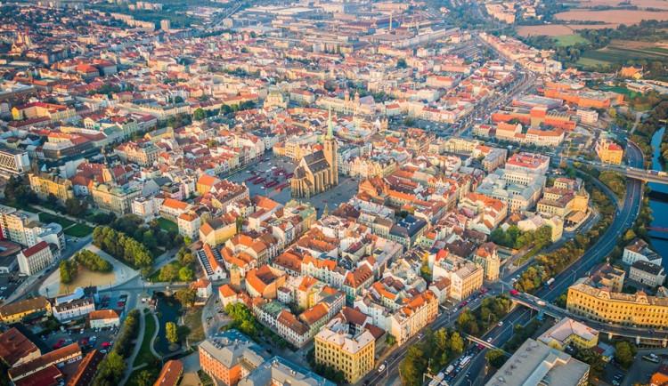 Plzeňskému kraji přibylo 2738 obyvatel, výhradně díky stěhování