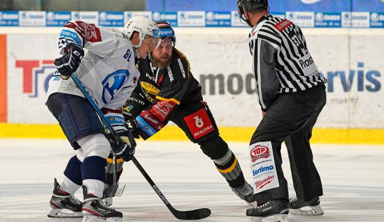 Hokejisté Plzně porazili Litvínov 2:0, skórovali Mertl a Gulaš