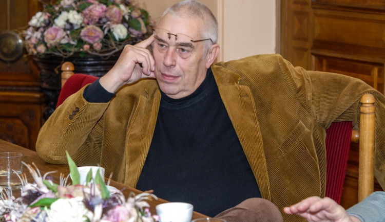 Bývalý primátor Plzně: V prvních letech převažovaly veřejné zájmy