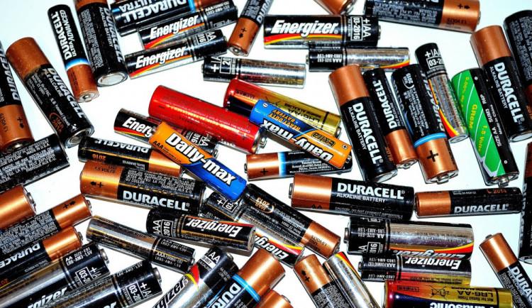 Lidé v Plzeňském kraji vytřídili v prvním pololetí 50,7  tuny baterií