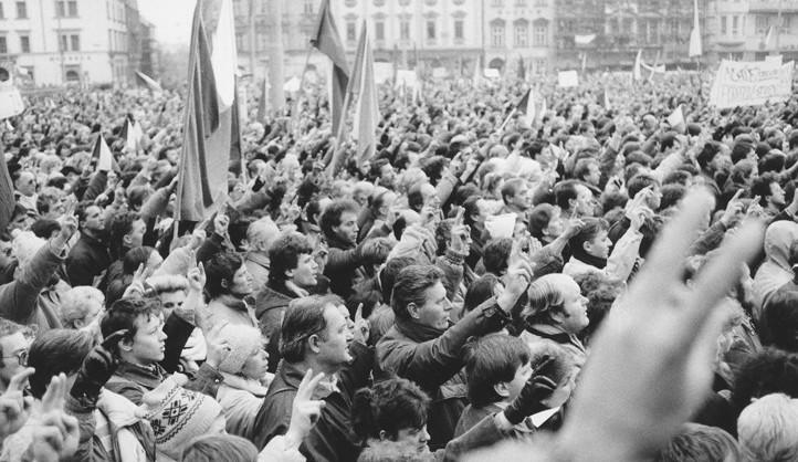 Rok 1989 připomene na Plzeňsku koncert, výstavy i jízda vlakem