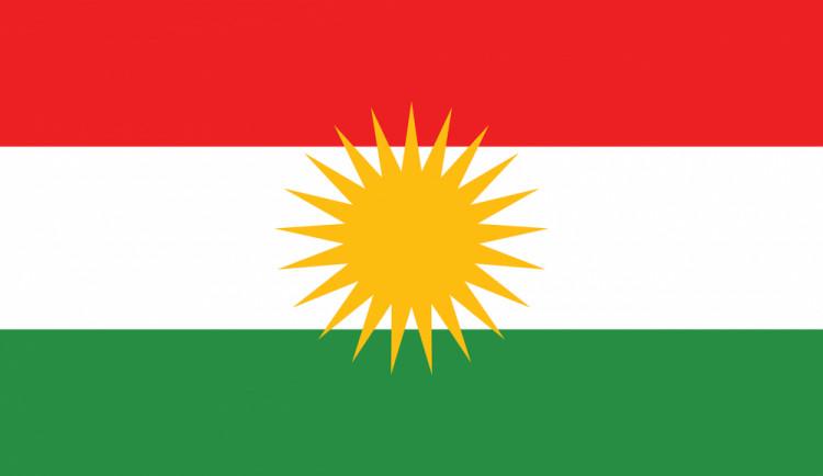 Plzeňský kraj vyvěsí na důkaz solidarity s Kurdy jejich vlajku